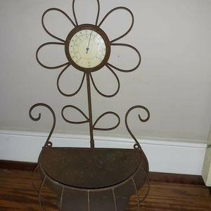 Adorable vintage wall planter